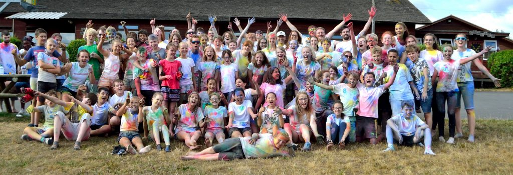 Nano West 2018 group photo after paint wars